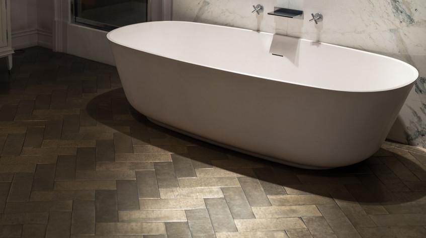 3 Great New Bathroom Flooring Trends